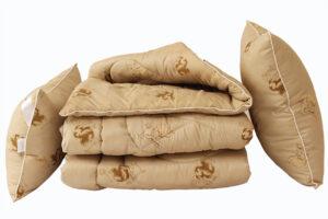 Одеяло лебяжий пух Camel 2-сп. + 2 подушки 50х70